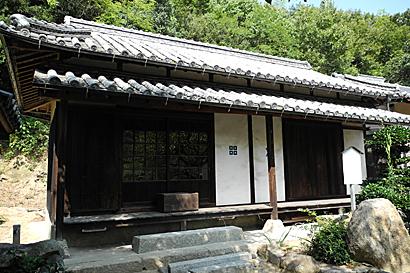 gokuraku-01.jpg
