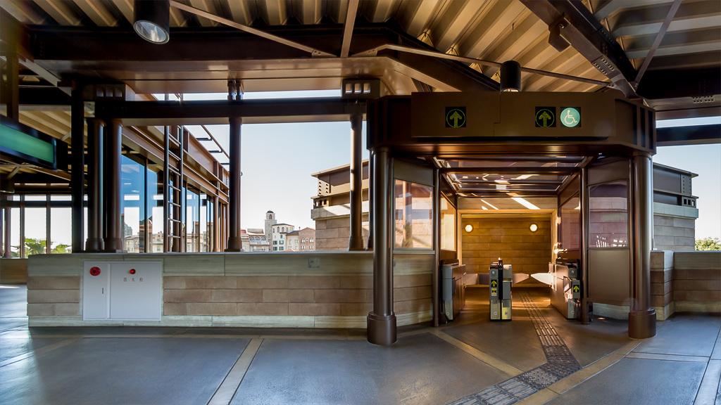 東京ディズニーシー・ホテルミラコスタ 連絡通路方面出口(東京ディズニーシー・ステーション)