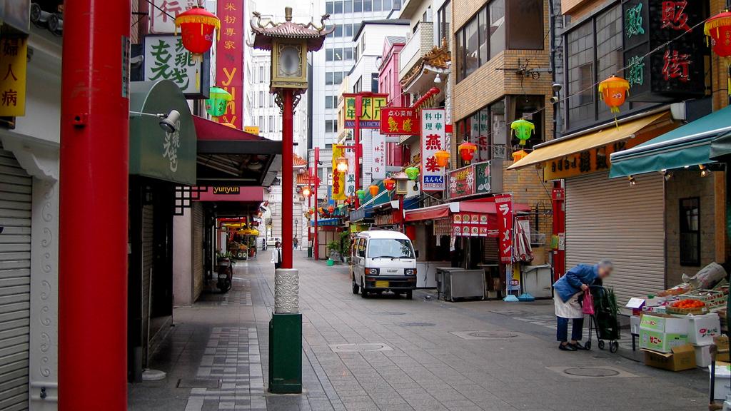 南京町の朝(神戸元町)