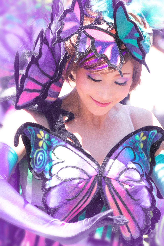 紫が似合う雰囲気(ファッショナブル・イースターのダンサーさん)