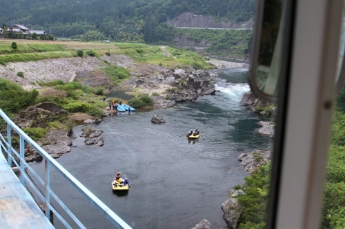 IMG_3620 川でボート練習
