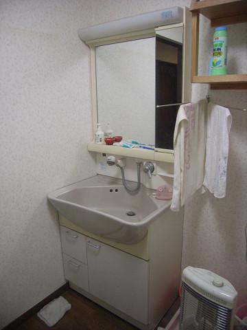 0867 洗面室(before)