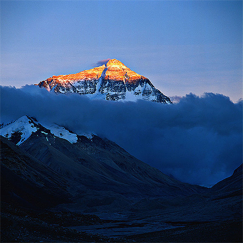 エベレストの氷河の運命は?