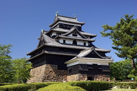 Matsue_castle01bs4592.jpg