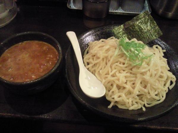 ShinsaibashiSuzume_001_org.jpg