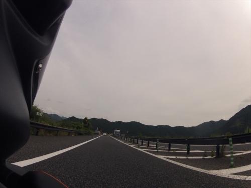 G0110748_R.jpg