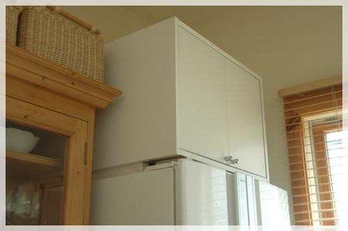 冷蔵庫上収納