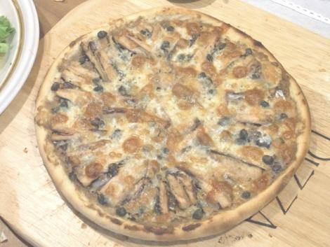 18-イワシのピザ02