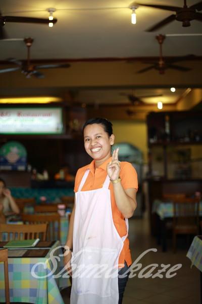 パトンビーチ レストラン 観光ツアー