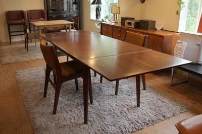 北欧 デンマーク製 伸長式ダイニングテーブル