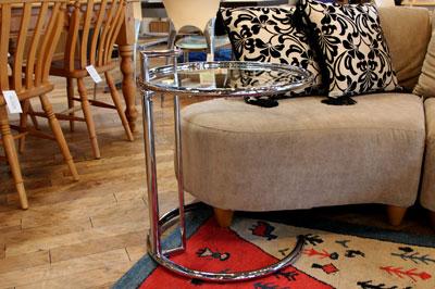 クラシコン アイリーングレイ アジャスタブル・テーブル