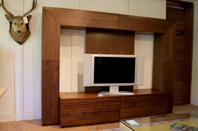 ウォールナット材 AVボード モダン家具