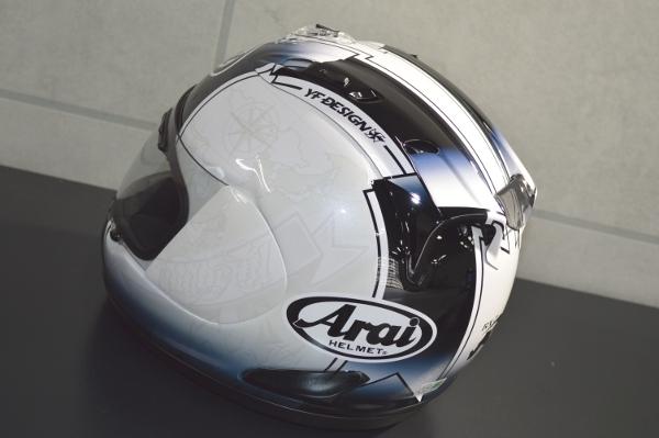 ヘルメット04
