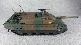 10式戦車 右側