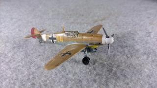 メッサーシュミット Bf 109 F-4 Trop 右前から