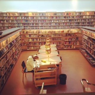 ロヴァニエミ図書館