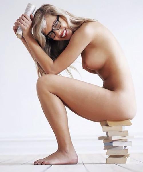 南アフリカ出身モデル シェーン・ファン・デル・ヴェストハイゼンのフルヌード写真集!
