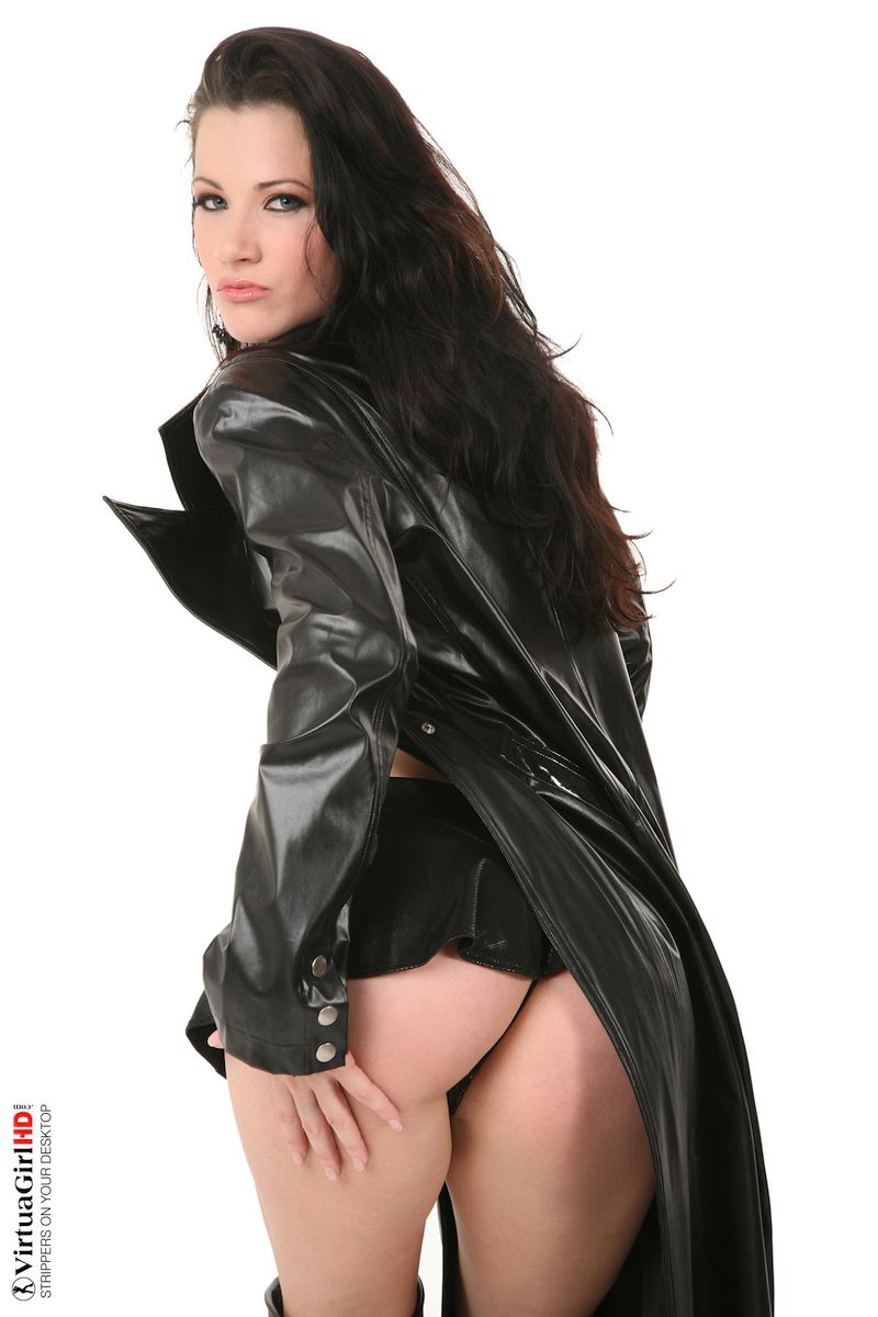 Lauren Crist - EROTIC ASSASSIN 01