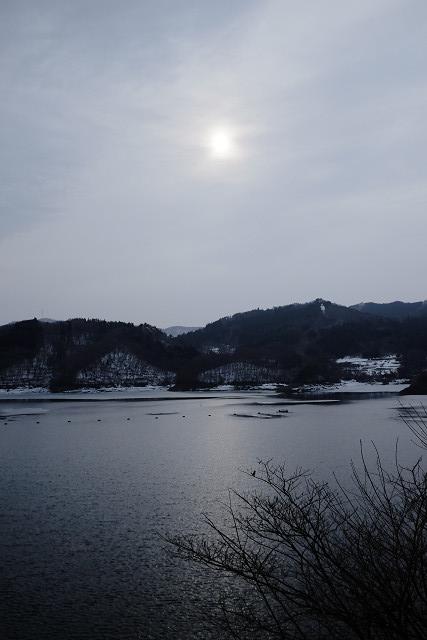 X100sと田瀬湖