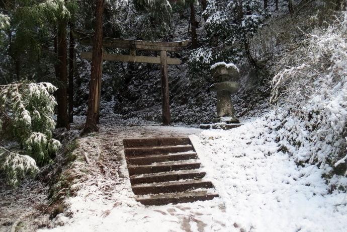 岩船神社3