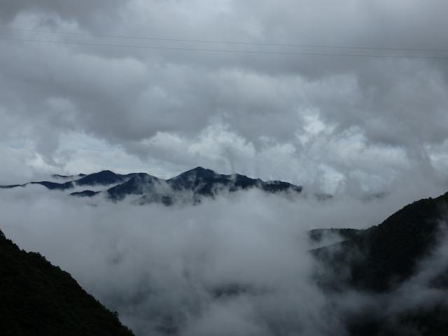 天神丸が雲の上に