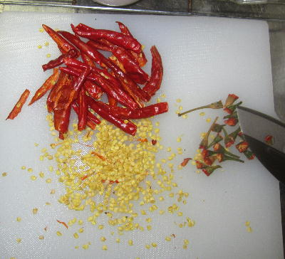 タカノツメから一味作り (2)