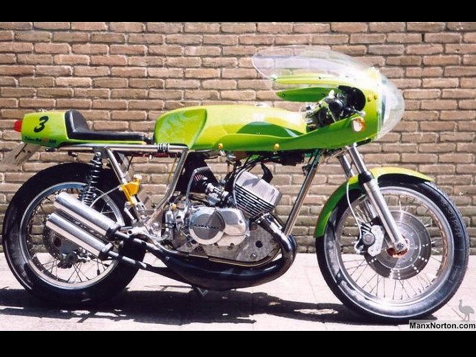Rickman-Kawasaki-H1-2_e.jpg