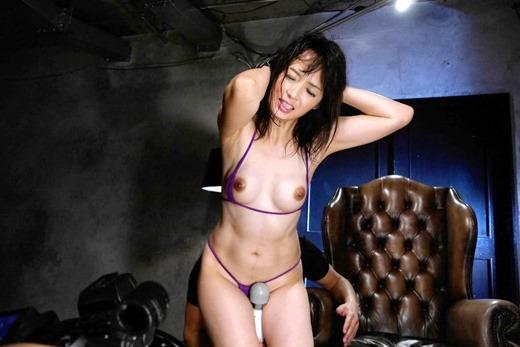 安野由美 36