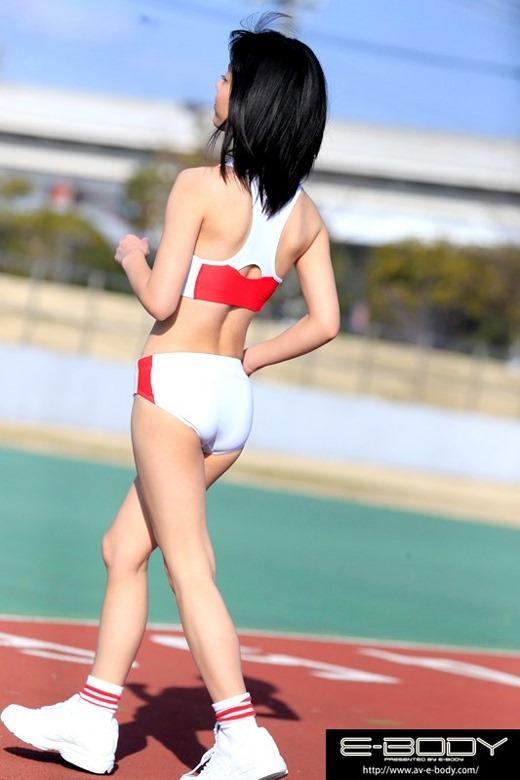 川嶋明香莉 10