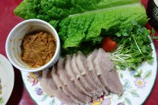 ゆで塩豚の野菜巻き1216