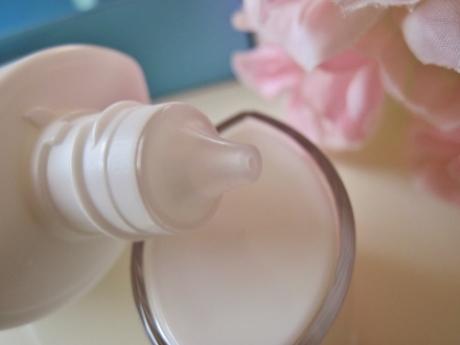 肌に潤い、ツヤ、SPF50で 軽いつけ心地を実現!卵殻膜アルマード【オーディ UVミルク・日焼け止め】