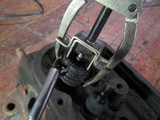 V8エンジンオイル下がり修理 (57)