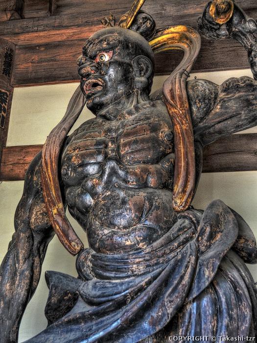 万満寺金剛力士像