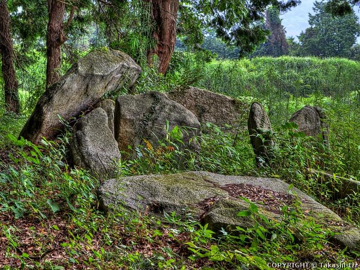 葉山尻支石墓群