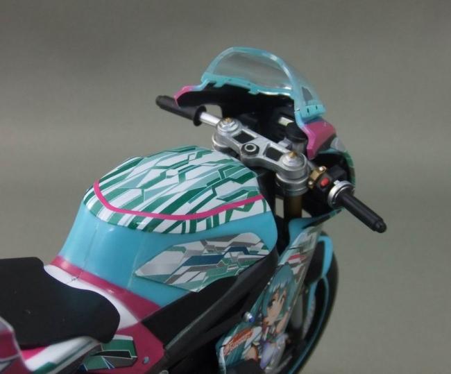 バイクとミク14