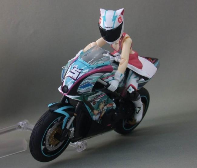 バイクとミク19