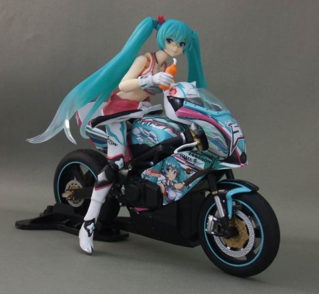 バイクとミク20