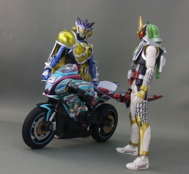 バイクとミク22
