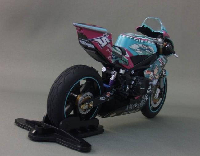 バイクとミク26