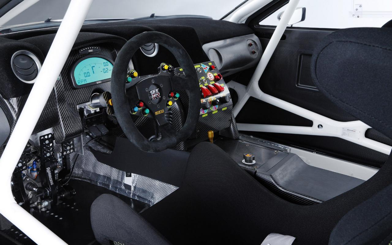 2013-nissan-gt-r-nismo-gt3-race-car-5_convert_20150125232214.jpg