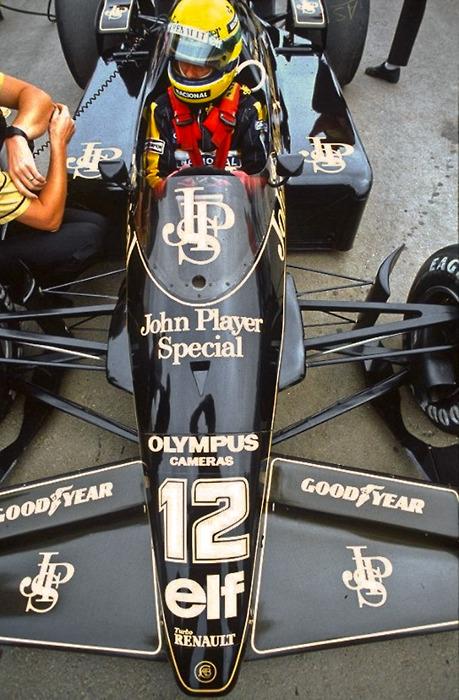 Lotus 97T nosecone