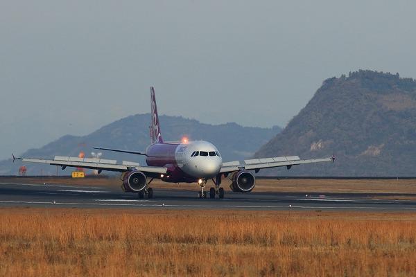 MM A320-214 JA801P RJOM 141227 04