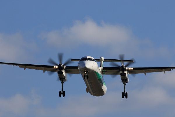 EH DHC-8-402Q JA857A RJOM 150201 005