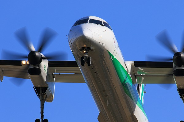 EH DHC-8-402Q JA857A RJOM 150201 014
