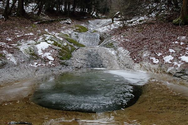 滑川渓谷氷柱・甌穴 150211 01