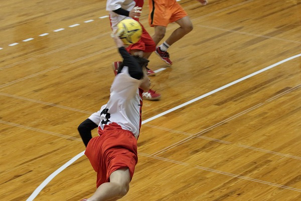 ハンドボール1年生大会・1回戦新田-今西 150214 01