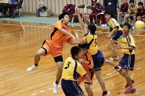 ハンドボール1年生大会・決勝 新田-松中 150215 05