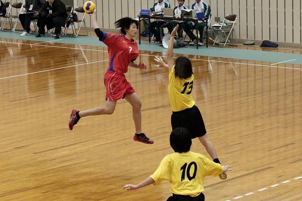 ハンドボール1年生大会・女子準決勝 松商-今南 150215 01
