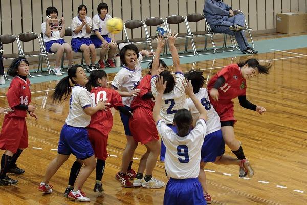 ハンドボール1年生大会・女子準決勝 松北-今西 150215 04