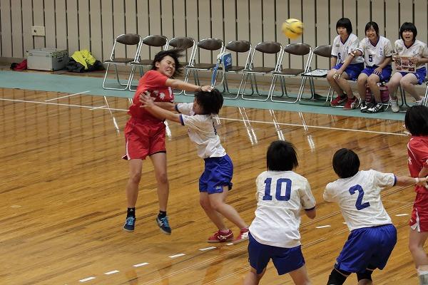 ハンドボール1年生大会・女子決勝 松北-松商 150215 05